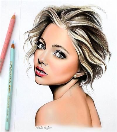 一组彩铅画外国美女肖像作品欣赏