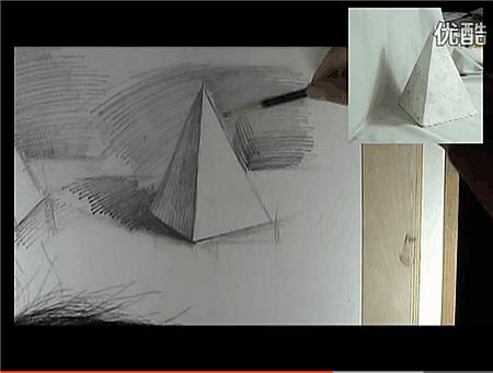 三棱柱素描图片_四棱锥如何用素描画?四棱锥素描视频教程-露西学画画